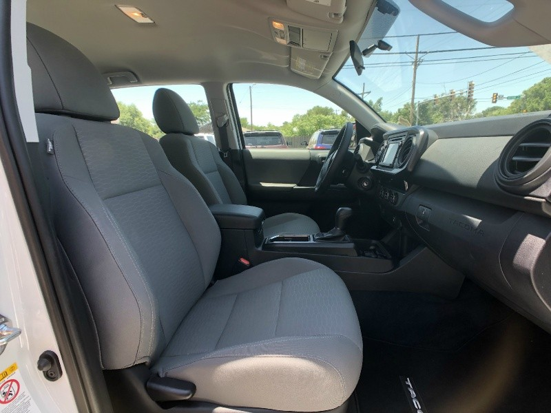 Toyota Tacoma 2017 price $24,995