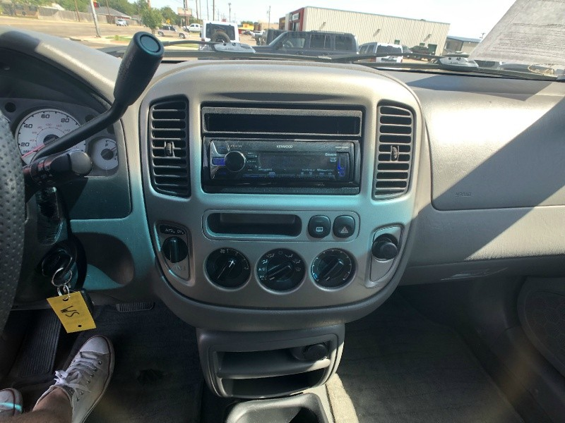 Ford Escape 2003 price $4,500