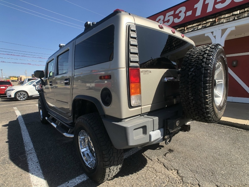 Hummer H2 2003 price $9,995