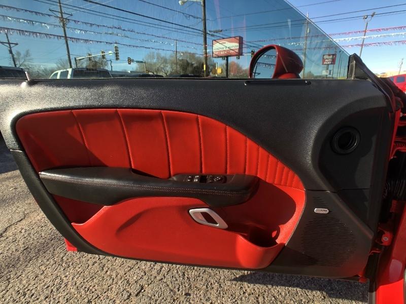 Dodge Challenger 2015 price $24,995