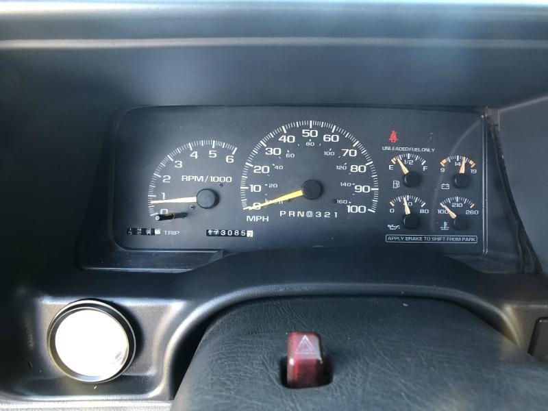 Chevrolet Tahoe 1998 price $8,995