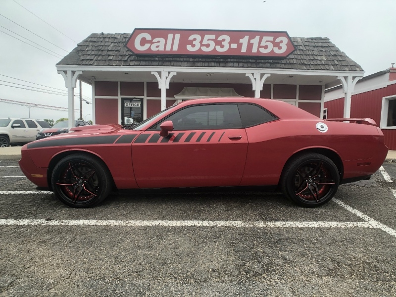 Dodge Challenger 2012 price $15,995