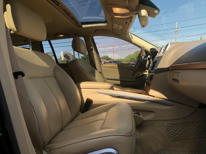 Mercedes-Benz GL-Class 2010 price $16,995