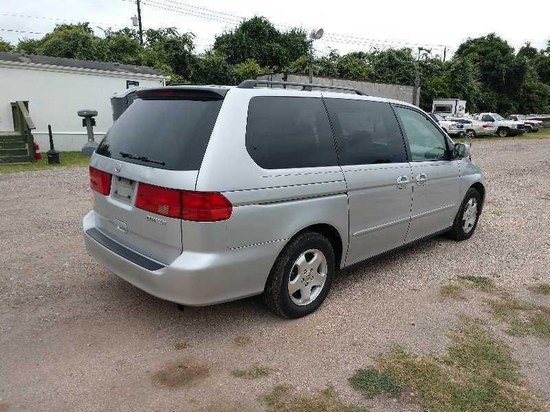 Honda Odyssey 2001 price $2,600 Cash