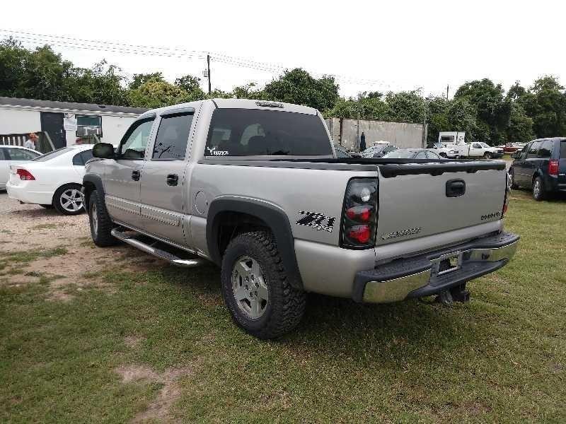Chevrolet Silverado 1500 2005 price $7,800 Cash