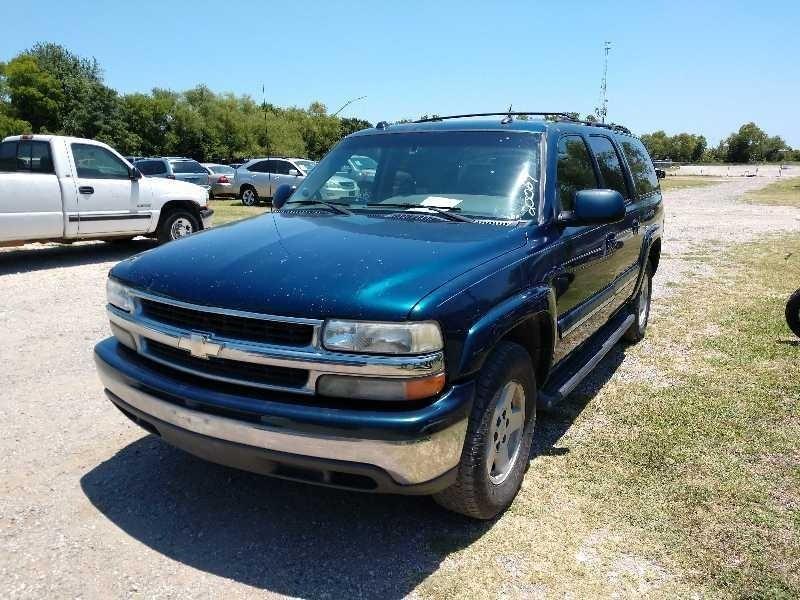 Chevrolet Suburban 2005 price $3,400 Cash