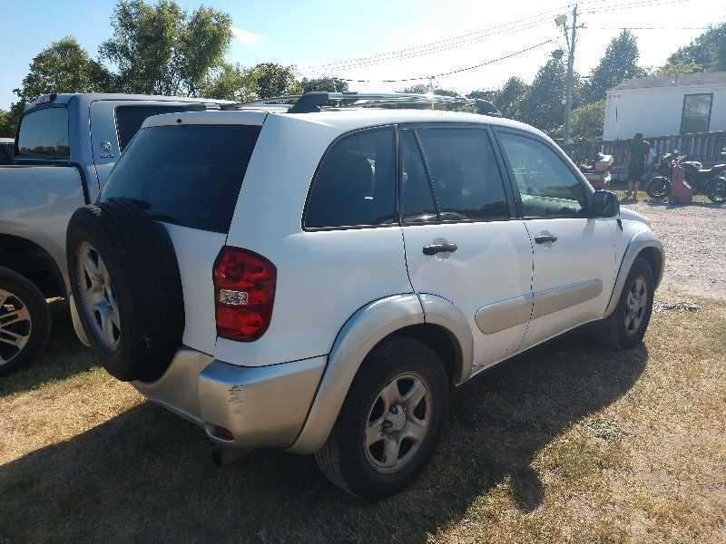 Toyota RAV4 2005 price $3,400 Cash
