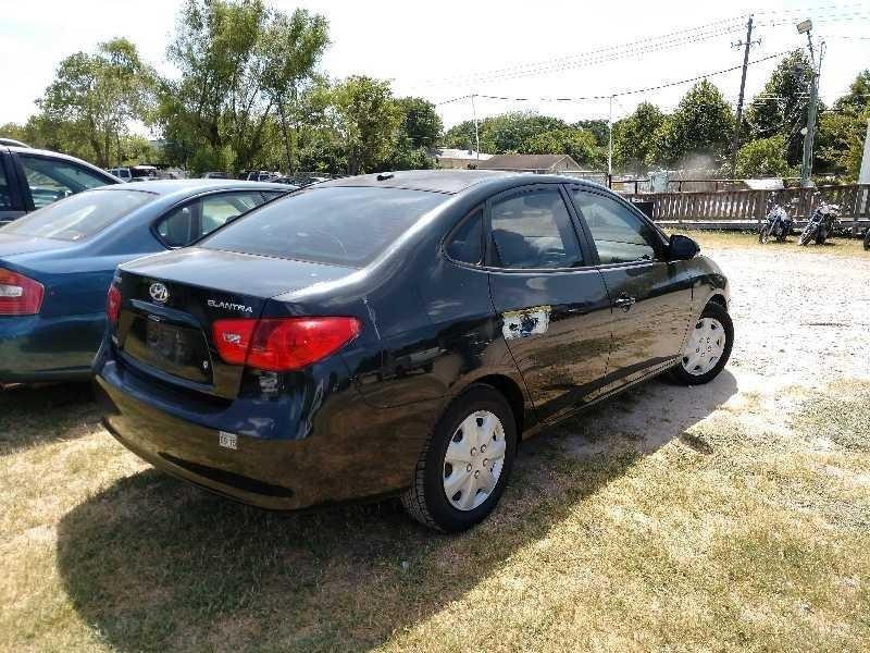Hyundai Elantra 2007 price $3,500 Cash