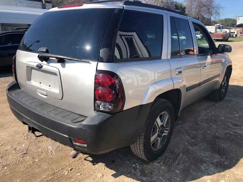 Chevrolet TrailBlazer 2007 price $2,500 Cash