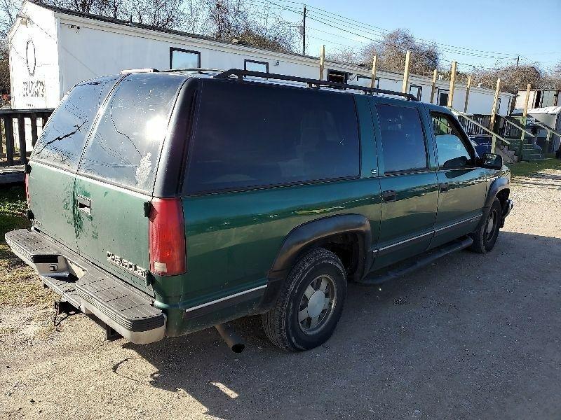 Chevrolet Suburban 1999 price $1,000 Cash