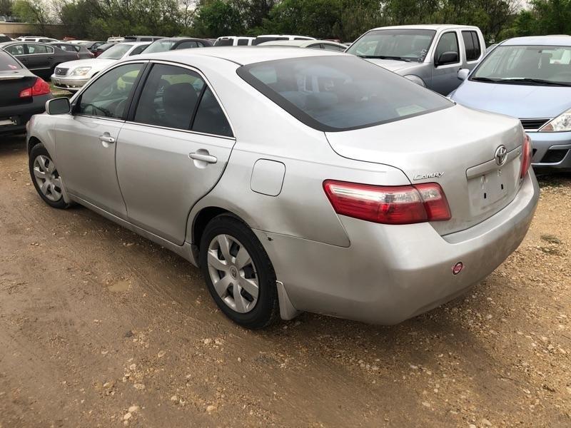 Toyota Camry 2009 price $4,900 Cash
