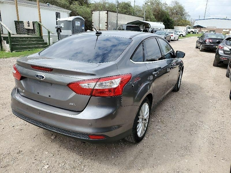Ford Focus 2012 price $2,500 Cash