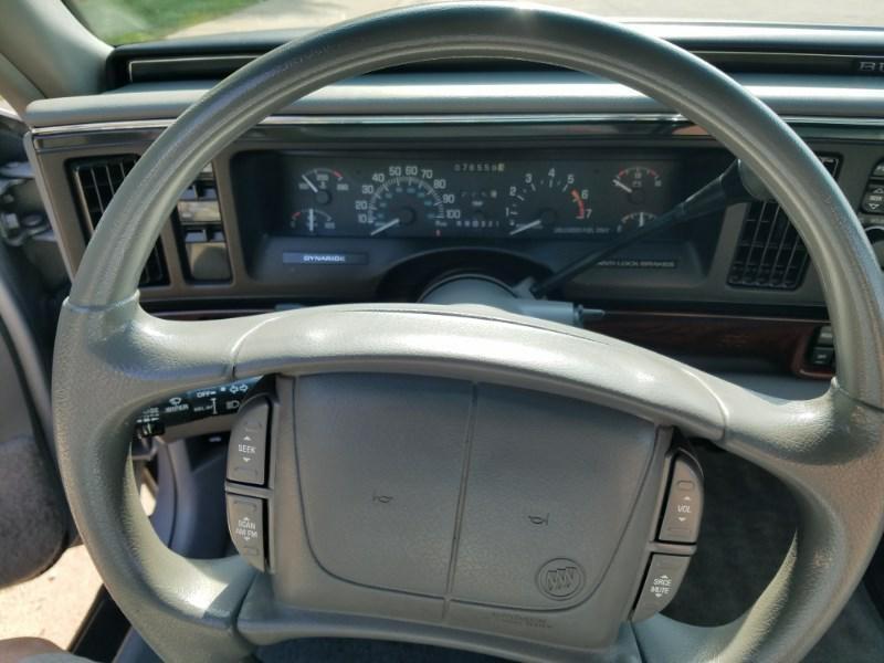 Buick LESABRE 1997 price $3,999