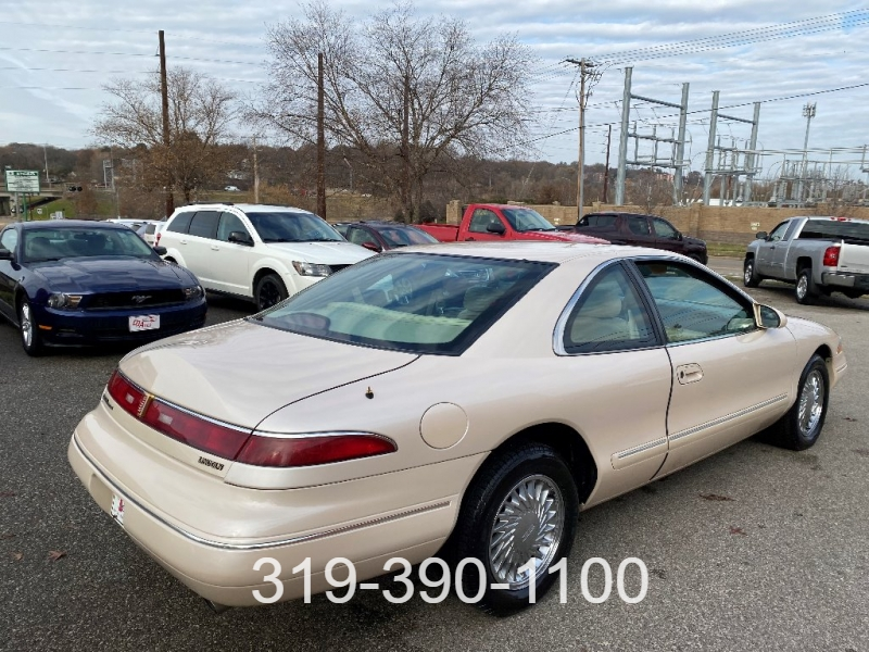 Lincoln Mark VIII 1996 price $4,400