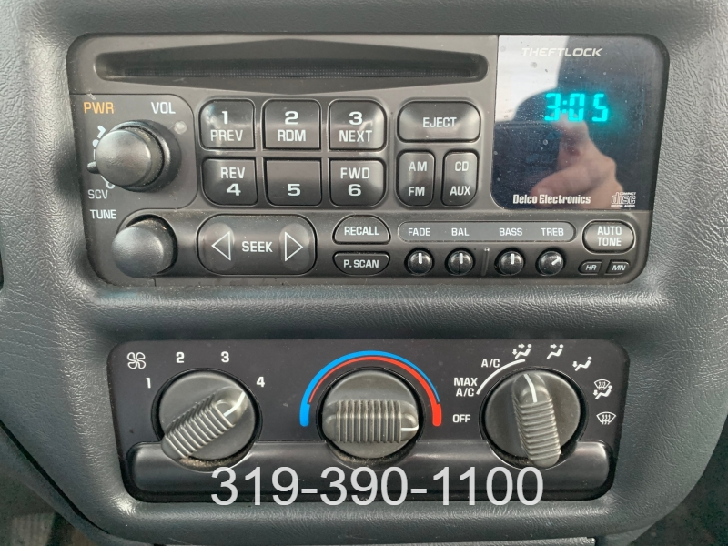 Chevrolet S-10 2000 price $2,950