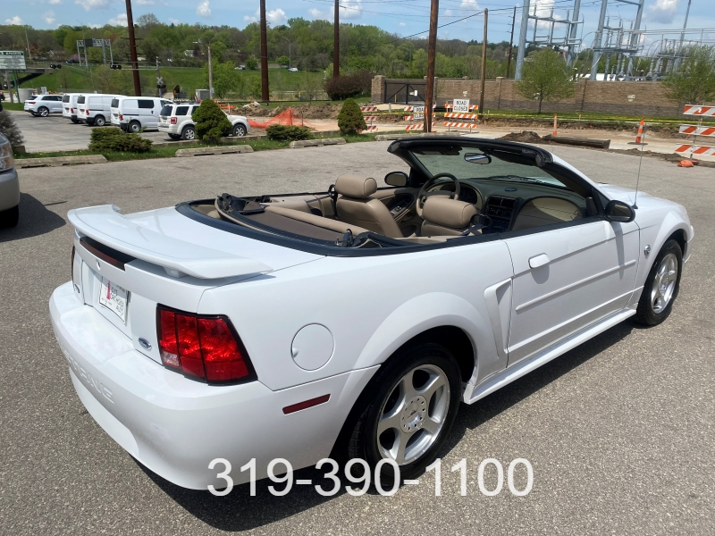 Ford Mustang 2004 price $7,900