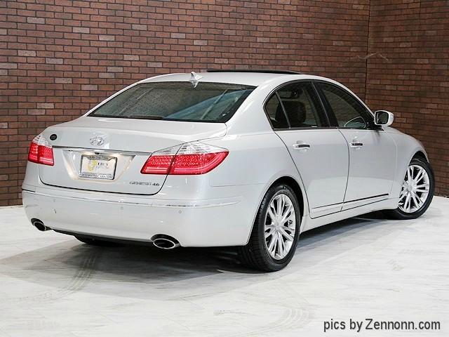 Hyundai Genesis 2011 price $10,190