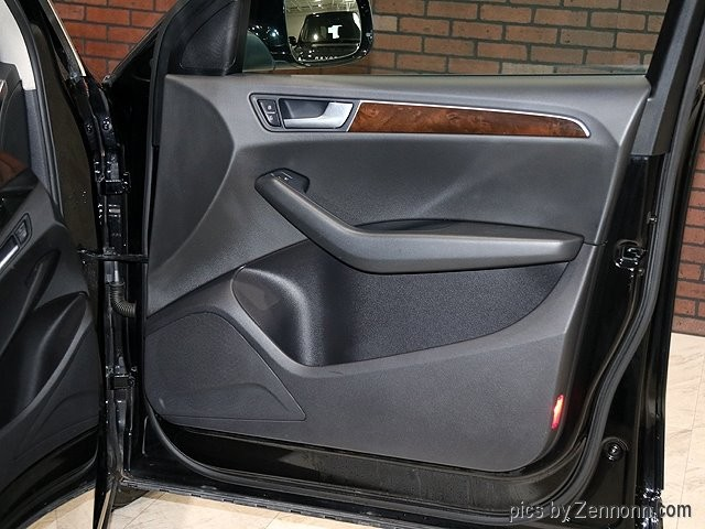 Audi Q5 2012 price $15,490