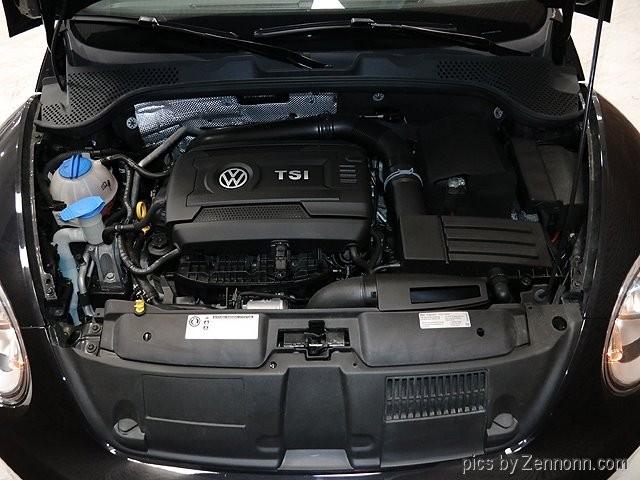 Volkswagen Beetle 2017 price $13,490