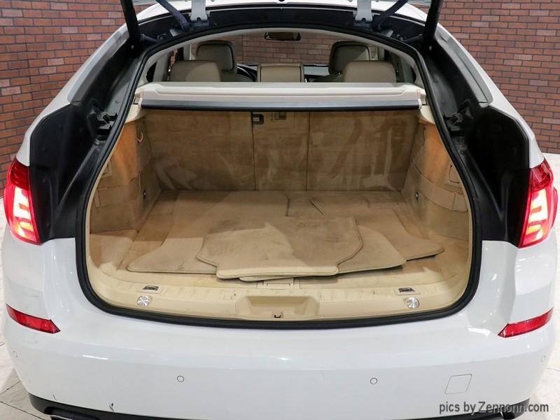 2011 BMW 5 Series Gran Turismo 5dr 550i xDrive Gran Turismo AWD