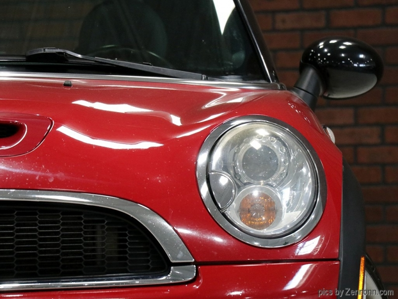 Mini Cooper Hardtop 2010 price $8,490