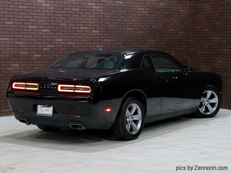 Dodge Challenger 2016 price $17,990
