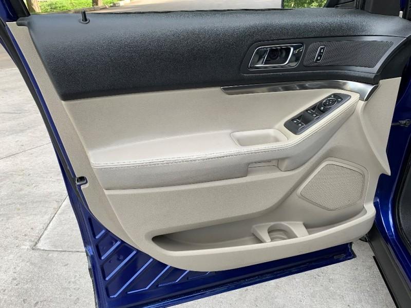 Ford Explorer 2015 price $10,999