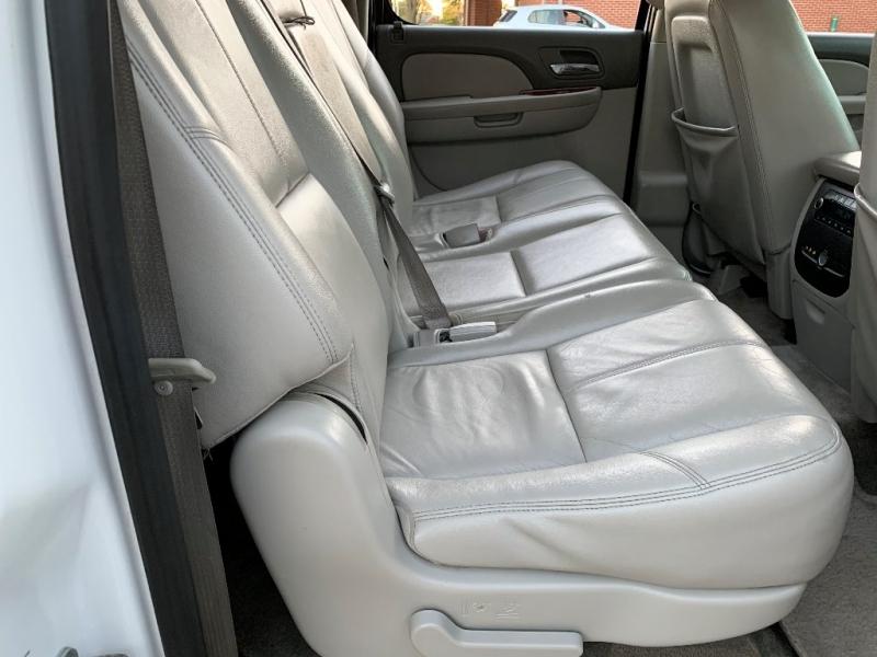 Chevrolet Suburban 2012 price $12,500