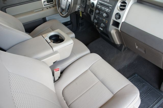 Admirable 2010 Ford F 150 Xlt Supercrew 5 5 Ft Gmtry Best Dining Table And Chair Ideas Images Gmtryco