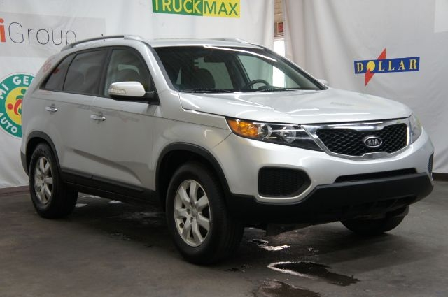 Kia Sorento 2013 price Call for price