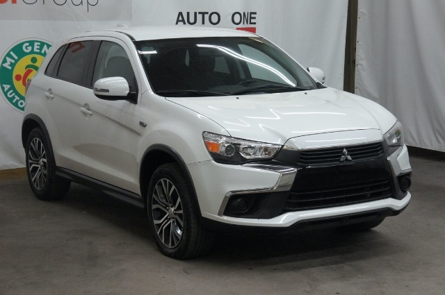 Mitsubishi Outlander Sport 2017 price Call for price