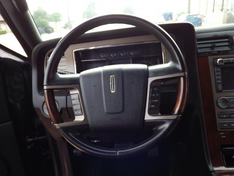 Lincoln Navigator L 2014 price $11,995