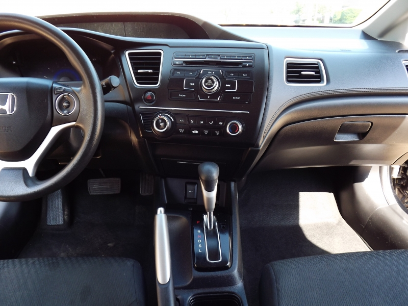 Honda Civic Sedan 2015 price $8,995