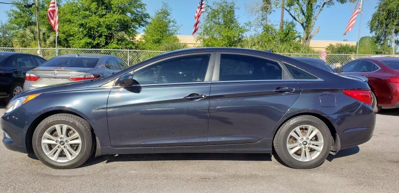 Hyundai Sonata 2013 price $5,950