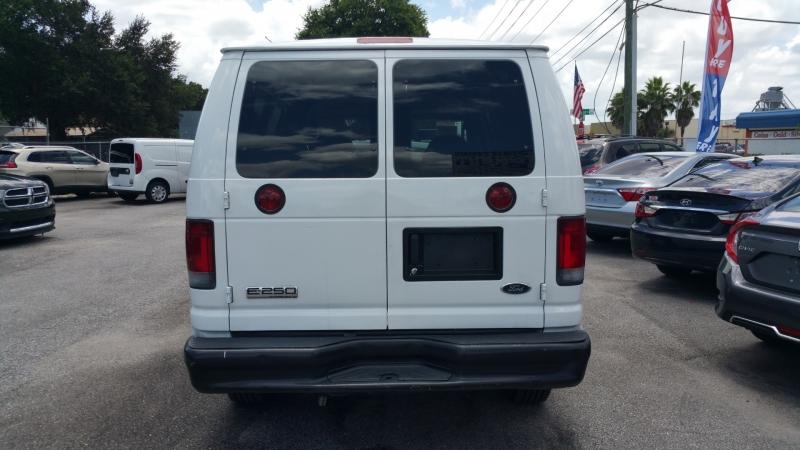 Ford Econoline Cargo Van 2007 price $6,300