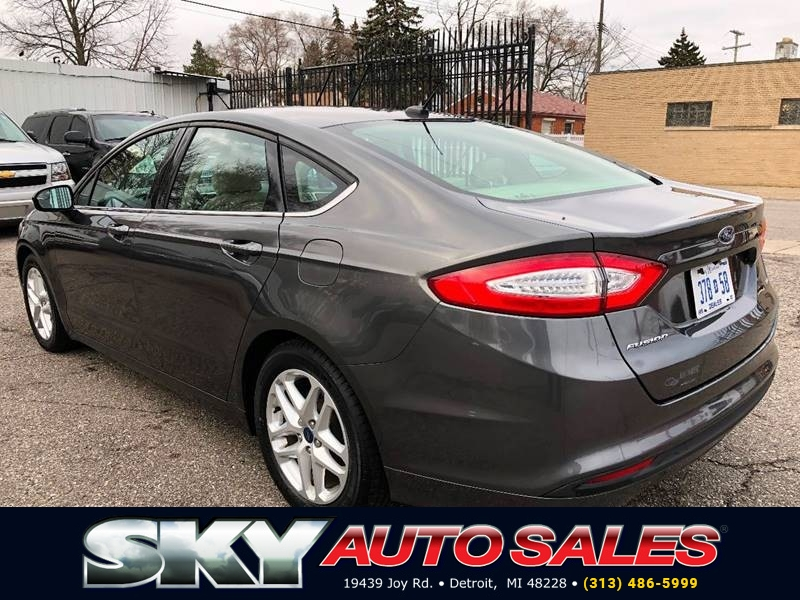 Ford Fusion 2016 price $11,495