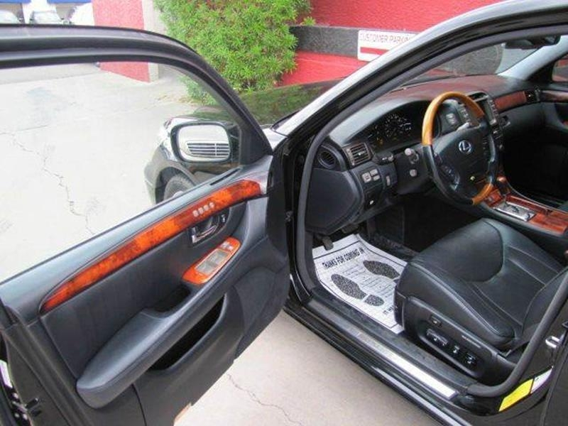 Lexus LS 430 2006 price $13,995