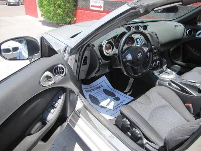 Nissan 370Z 2011 price $16,995