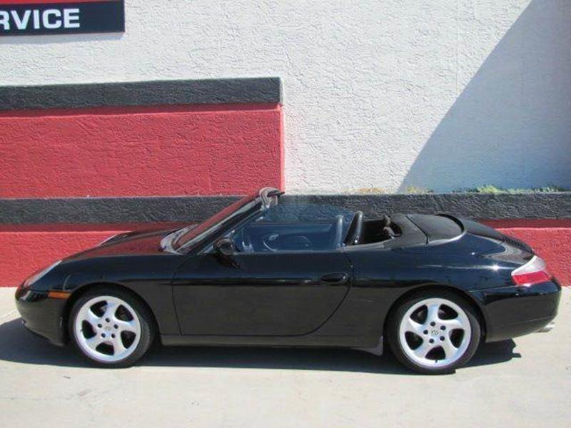 Porsche 911 2000 price $18,500