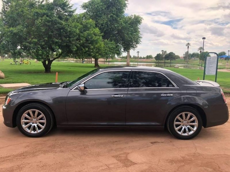 Chrysler 300 2014 price $13,995
