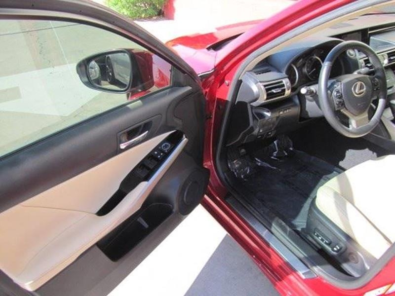 Lexus IS 250 2015 price $18,495