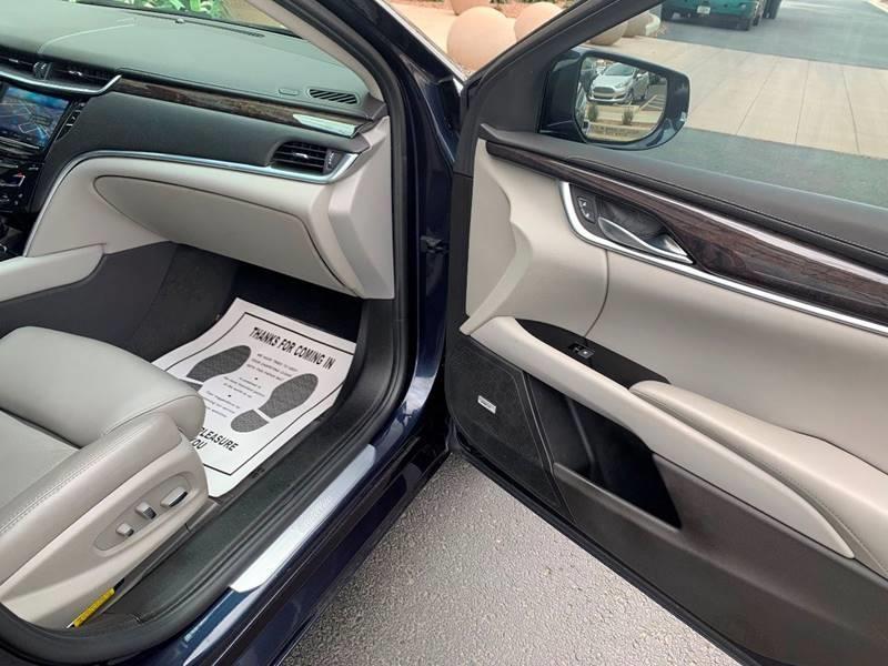 Cadillac XTS 2013 price $15,795