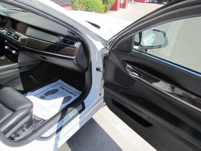 BMW 7 Series 2011 price $15,500