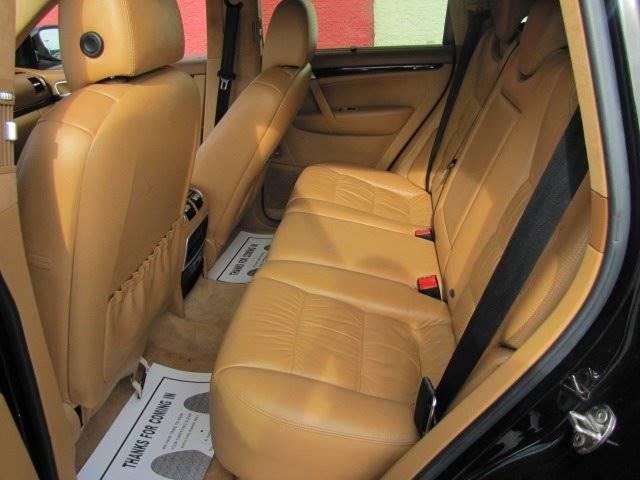 Porsche Cayenne 2005 price $13,995
