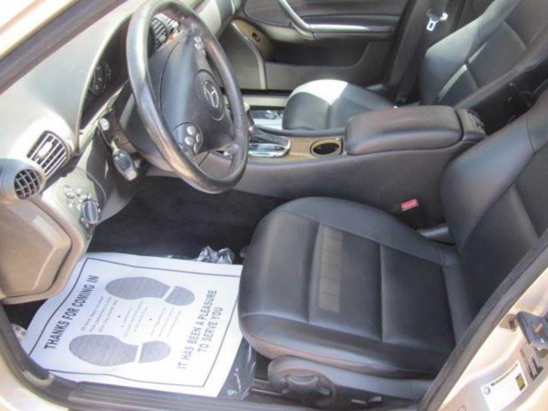Mercedes-Benz C-Class 2007 price $7,500