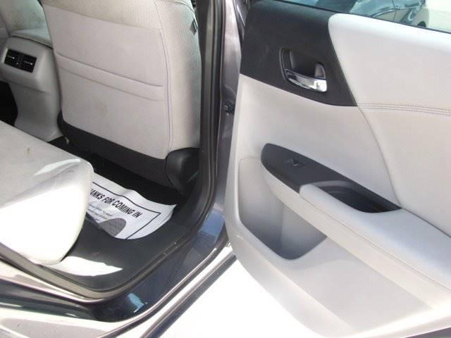 Honda Accord 2016 price $15,995