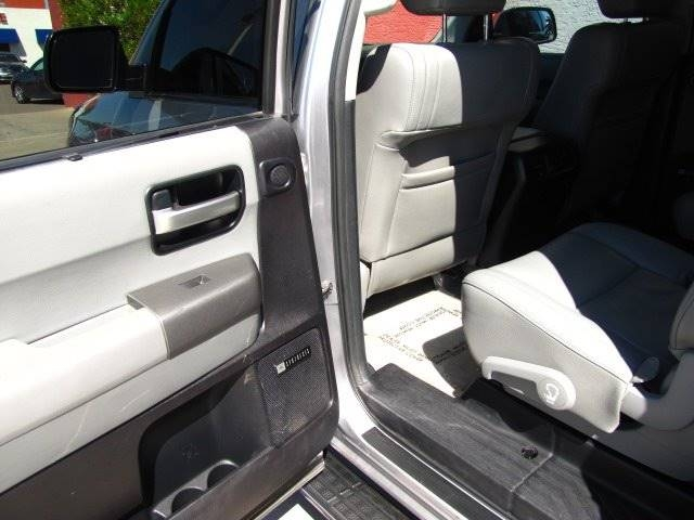 Toyota Sequoia 2010 price $19,995