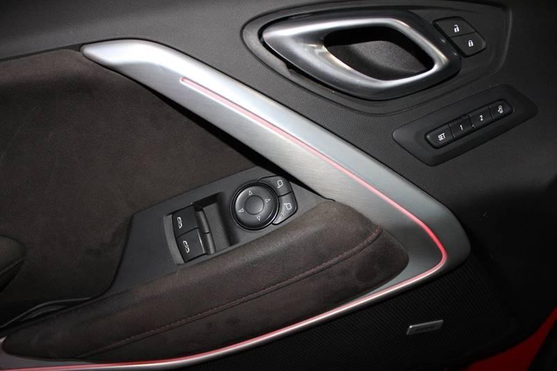 Chevrolet Camaro 2018 price $55,995