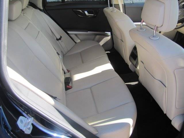 Mercedes-Benz GLK 2015 price $18,495