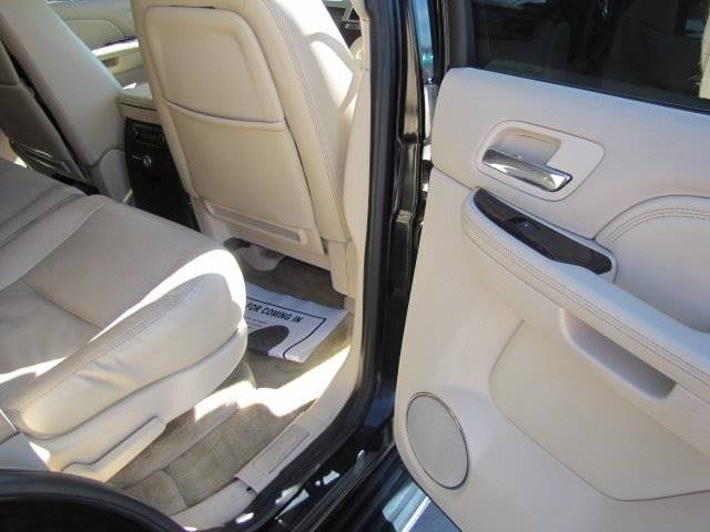 Cadillac Escalade 2007 price $9,500